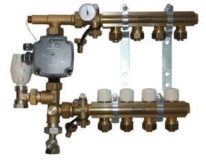 kvikshunt 10 kredse u/forindstilling. UPM3 15-70 pumpe. 20 mm PEX kobl.