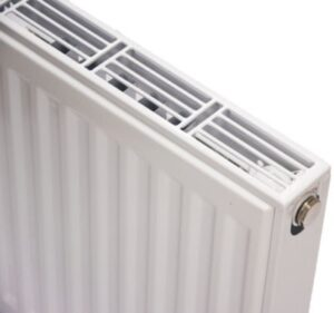 NY C4 radiator 11 - 600 x 2000 mm. RAL 9016. Hvid