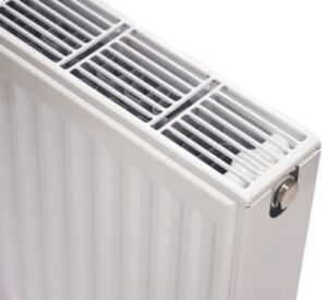 NY C4 radiator 22 - 600 x 2400 mm. RAL 9016. Hvid
